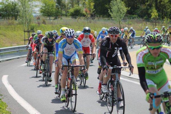 Saubusse(40).21° Prix des Stations Thermales, Saubusse-Eugénie les Bains En ligne 121 Kms.2,3,Juniors,PC Open.Dimanche 1 mai 2016