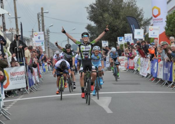 Ploemeur (56).Essor Breton Elite Nationale.4° étape Riantec-Ploemeur 95.7 km. Samedi 7 mai 2016
