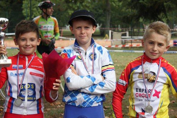 Villemur(31).Parc de Bernadou.Cyclo-Cross Ecole de vélo.Prélicenciés,Poussins,Pupilles,Benjamins.Dimanche 02 Octobre 2016