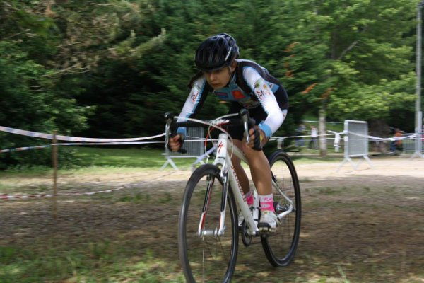 L'Isle Jourdain(32). Vélodrome PLACIA.CYCLO CROSS Toutes.Mercredi 7 juin 2017