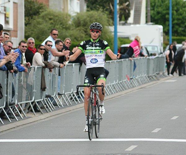 Saint-Georges-de-Reneins(69).26° Tour du Beaujolais Elite Nationale 2.12.1.2° étape Saint-Georges-de-Reneins - Saint-Georges-de-Reneins 50.8 km.Dimanche 11 juin 2017