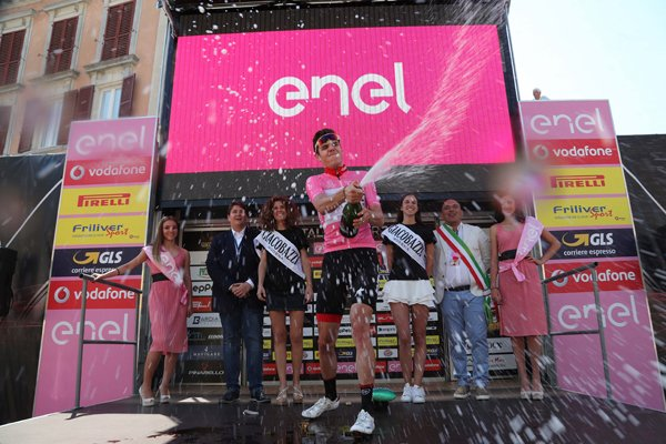 Campocavallo di Osima(Italie).Baby Giro d'Italia UCI 2.2U.5°b étape Campocavallo di Osima - Campocavallo di Osima CLM Indi. 14 km. Mardi 13 juin 2017