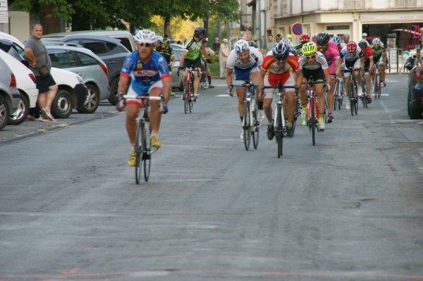 Caussade (82).Semi-Nocturne Course cycliste UFOLEP 3.GS.Mardi 11 juillet 2017