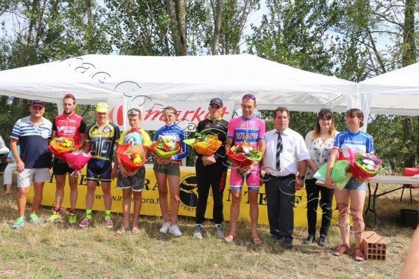 Longages(31).10° Grand Prix Cycliste Souvenir Patrice Rioual.UFOLEP. 1 2 3 GS F Cadets Minimes.Mardi 15 août 2017
