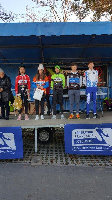 Muret (31).Trophée Midi-Pyrénées cyclo-cross. De Pré-licencies à Séniors. Dimanche 3 décembre 2017