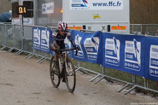 Jablines(77).3° Manche de la Coupe de France de Cyclo-Cross Dames Elites/Juniors.Dimanche 03 décembre 2017
