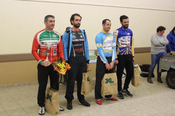 Uchacq(40).Prix Cycliste d'Ouverture d'Uchacq et Parentis.UFOLEP 1/2/3/GS/FEM/15/16 ans/13/14 ans.Dimanche 25 février 2018