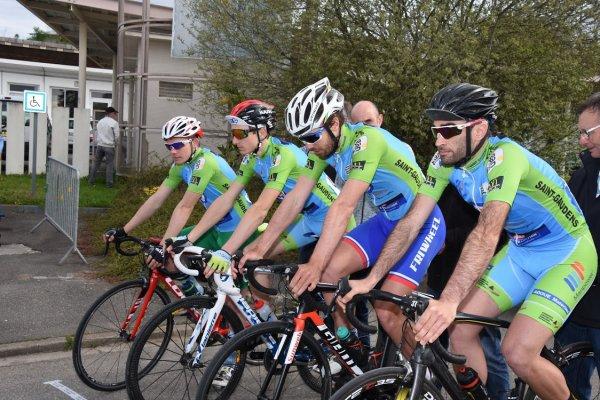 Peyrehorade(40).16° édition du Tour du Pays d'Orthe et Arrigans.2° étape Peyrehorade - Saint Lon les Mines CLM par équipe15,4 km.2ème,3ème,Juniors,PC Open.Dimanche 15 Avril 2018