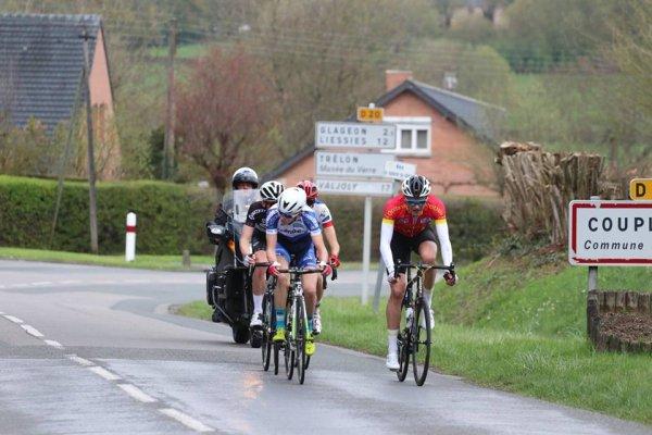 Wignehies(59).Boucles Cyclistes du Sud-Avesnois.1° Manche de la Coupe de France Juniors.2° étape Wignehies - Wignehies  129.4 km.Dimanche 15 Avril 2018