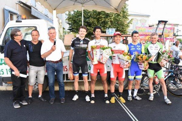 Saint SYMPHORIEN(33). Prix des fêtes de Saint SYMPHORIEN.2ème, 3ème catégorie, juniors, PC Open,84 km.Samedi 18 Août 2018
