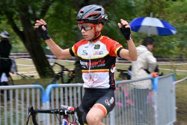 Bègles(33).Cyclo cross de Bègles.Ecole de vélo,Minimes,Cadets-Juniors-Dames,Séniors et Espoirs.Dimanche 7 Octobre 2018
