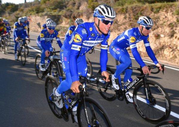 Castellet(83).4° Tour de la Provence UCI 2.1.3° étape Aubagne - Circuit Paul-Ricard au Castellet 181 km.Samedi 16 février 2019