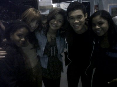 "Dans les coulisse de ""Shake it up"""