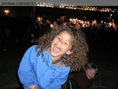 NOUVELLE PHOTO EXCLUSIVE : Zendaya avait 6 ans sur la photo .