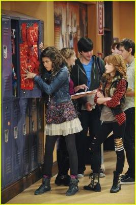 """Photo de l'épisode 12 de """"Shake it up ; Show it up"""""""