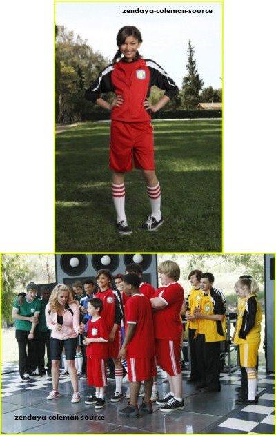 """Zendaya au """"DISNEY FRIENDS FOR CHANGE GAMES 2011"""" . Elle fait équipe avec Mitchel Musso (""""Pair of Kings""""), Jake T. Austin (""""Les sorciers de Waverly Place""""), Doug Brochu (""""So Random""""), Kelsey Chow (""""Pair of Kings""""), Davis Cleveland (""""Shake It Up""""), Dean Delannoit (Disney Channel Holland), Carlon Jeffrey (""""A.N.T. Farm""""), Zendaya (""""Shake It Up"""")."""