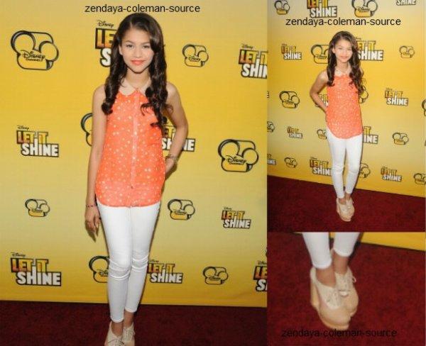 """Rattrapage de news : le 05 Juin, Zendaya était à la première du nouveau film de Disney """"Let It Shine"""" . La première s'est déroule à Captain Theater( Los Angeles.)"""