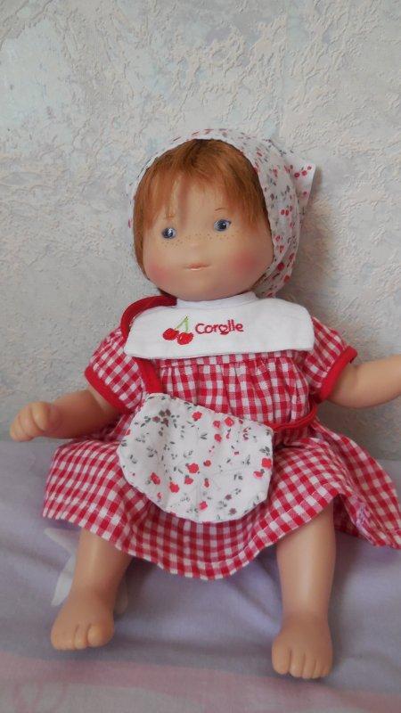 je continue ma collection de poupées mais je n'ai plus envie de faire un blog GROS BISOUS A TOUTES
