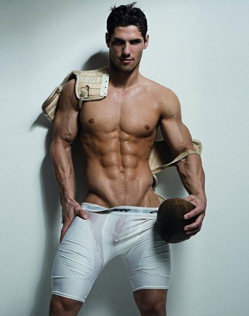 Très beau gosse sportif  !!!!!!!!!!