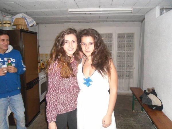 moi et une amie ^^