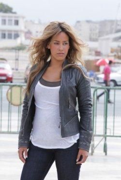 Amel Bent dans une série policière sur TF1 !
