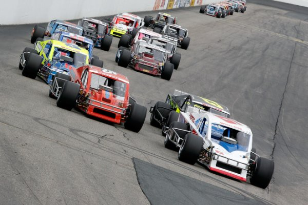 Nascar Whelen Modified:New Hampshire 100