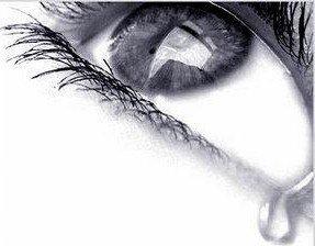 Une larme c'est 1% d'eau & 99 % de sentiments.