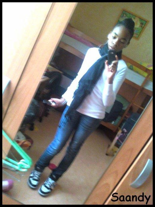Saandy ' ( lLaa Peetite - Sooeur ' ) ( ! ) ♥