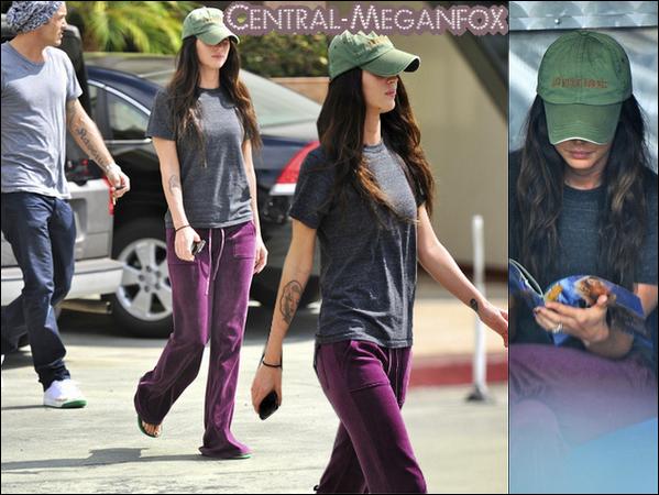 . 22 Septembre : Megan et son mari BAG dans Studio City !  La casquette verte est de retour. Faut vraiment que Megan la mette partout!.
