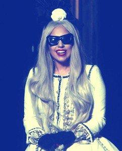Lady Gaga : sa Twitter dance party avec ses Fans