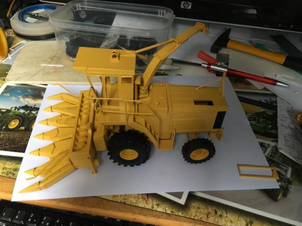 Avancement ensileuse New Holland 2305