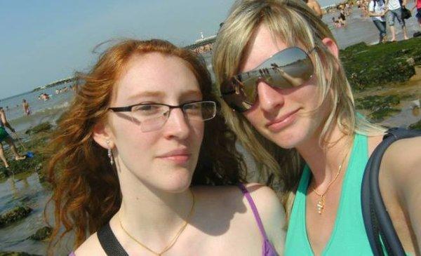 """"""" tu es ma soeur, plus qu'une meilleure amie, tu es dans mon coeur pour toute la vie """""""