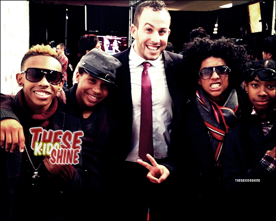 » Mindless Behavior au Jingle Ball à New York.
