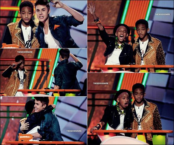 Hier soir ( samedi 31 mars 2012 ) a eu lieu la cérémonie des Kids Choice Awards à LA. L'animateur de la soirée n'était autre que Will Smith. Découvrez de la soirée, ci-dessous.
