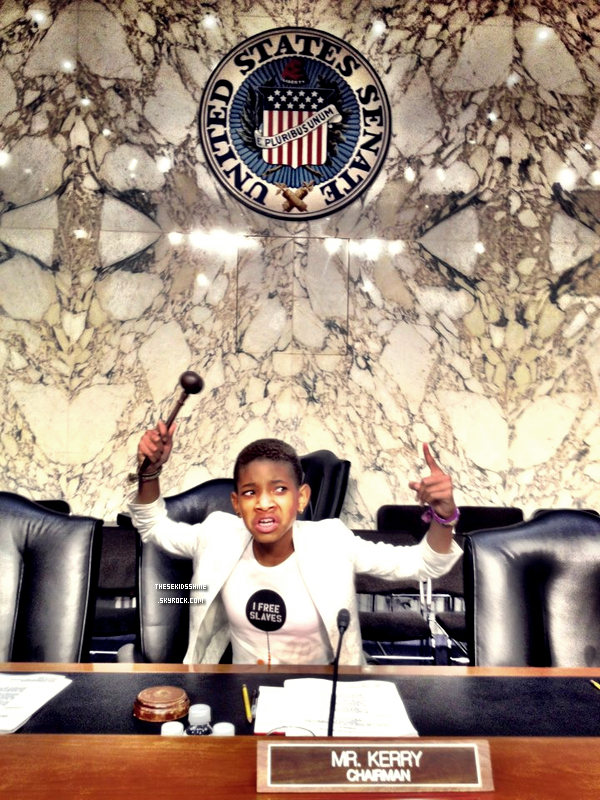 17.07.2012Willow & Will Smith ont rejoint Jada-Pinkett S. pour témoigner lors du comité The Next Ten Years In The Fight Against Human Trafficking: Attacking The Problem With The Right Tools au Hart Senate Office Building dans Washington, DC.