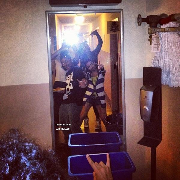 Août 2012Découvrez des photos d'MBaccompagnésd'amis &notammentdesdanseursde Jacob L. pendant le #1 Girl Tour.