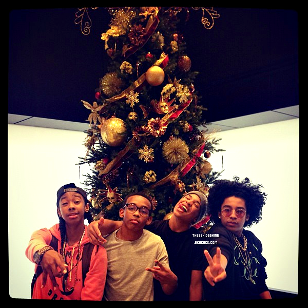 . . . . » InstaMindless. Une nouvelle photo postée par Mindless Behavior via Instagram // Novembre 2012 . . ..