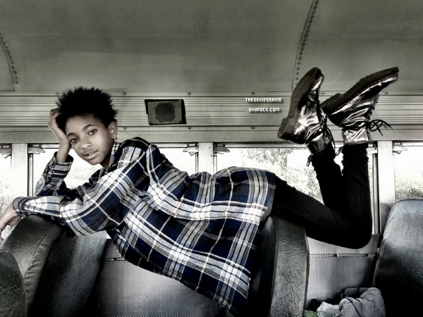 » Rattrapage des news. Photos postée par Willow sur som compte Tumblr. // 2012-2013