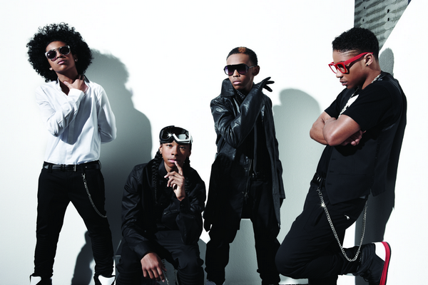 » Rattrapage de news.  Photoshoot de Mindless Behavior pour leur album All Around The World. // Janvier 2013