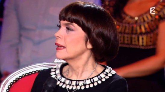 """Mireille Mathieu émue - """"C'est votre vie"""" - 11/10/2014"""