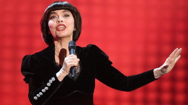Mireille Mathieu sera l'invitée du 19/20 de France3 Paris