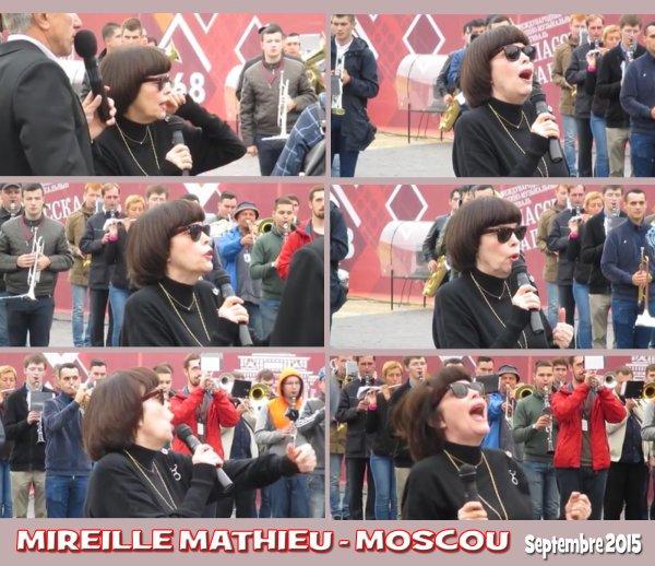 Mireille Mathieu - Place Rouge Moscou - Septembre 2015
