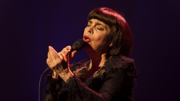 Tallinnas esineb juubelikavaga legendaarne Mireille Mathieu
