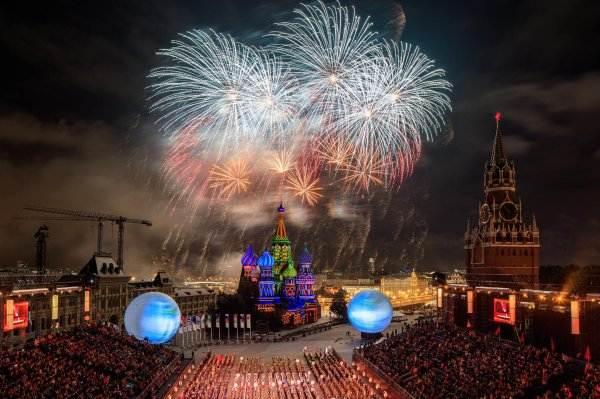 MM - FESTIVAL SPASSKAYA TOWER