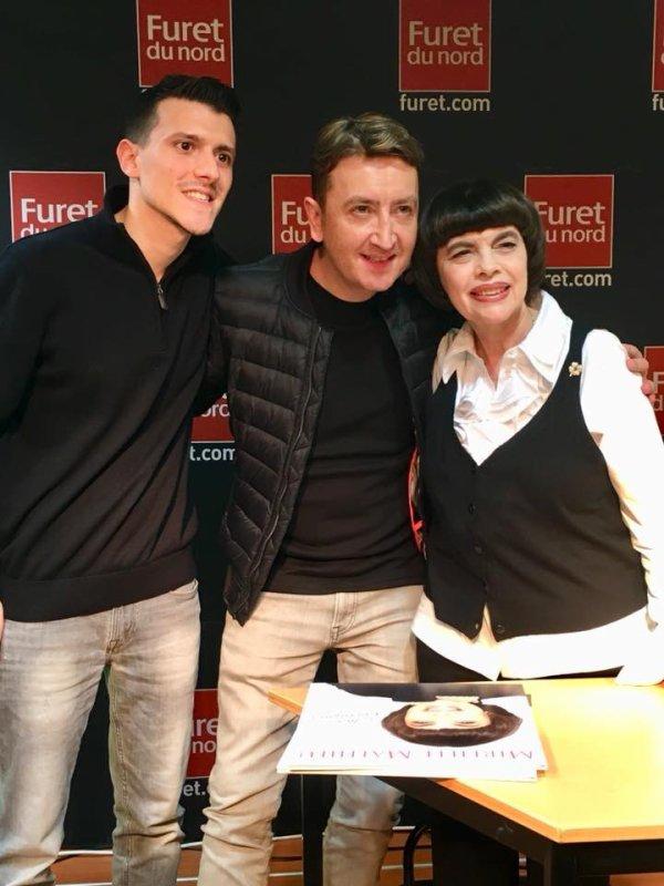Mireille Mathieu dédicace à Lille!