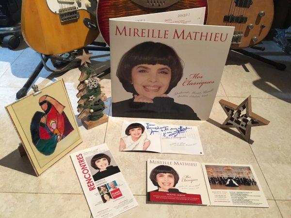 Mireille Mathieu - Joyeux Noël!