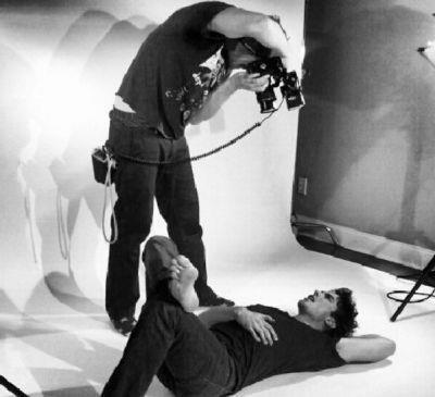 Le 13/01/2013 Ian en photoshoot pour ContentMode Magazine 2013