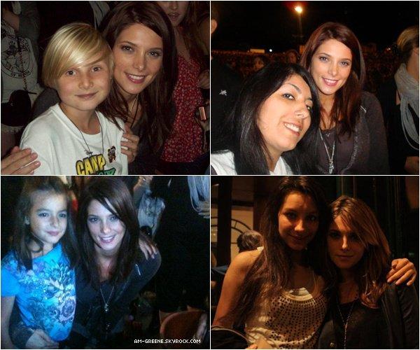 *Voici 4 photos de fans dont 3 prisent au concert des JB (19/09) & la dernière datant de son séjour à Paris.  Belle Ash ♥.