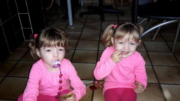 les jumelles qui auront déjà 3 ans demain