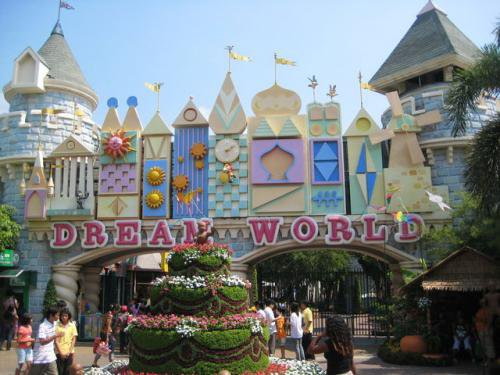 Must-Visit Theme Parks In and Around Bangkok